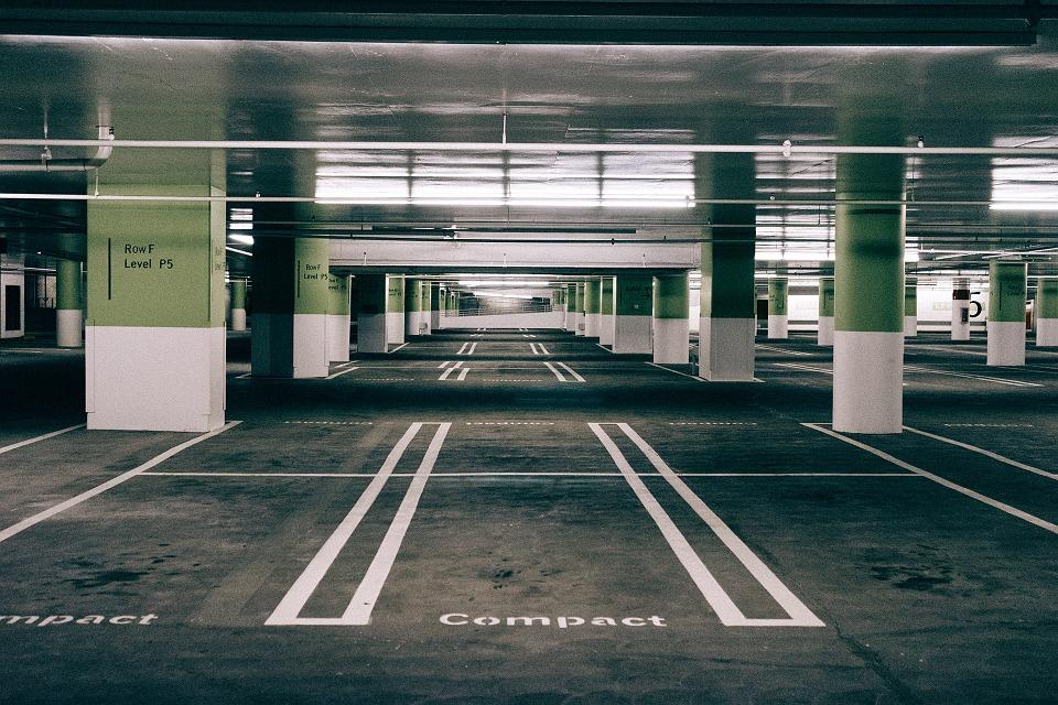 parking-732246_960_720[1]